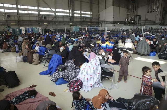 Flybasen Ramstein er en av flere baser med amerikansk militært personell i Tyskland. Under oppholdet har flere titalls afghanere søkt om tysk asyl. Foto: Markus Schreiber / AP / NTB