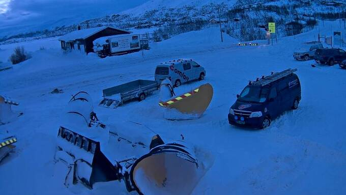 KOLONNE: Slik så det ut ved Haugastøl på Hardangervidda ved 09.30-tiden fredag.