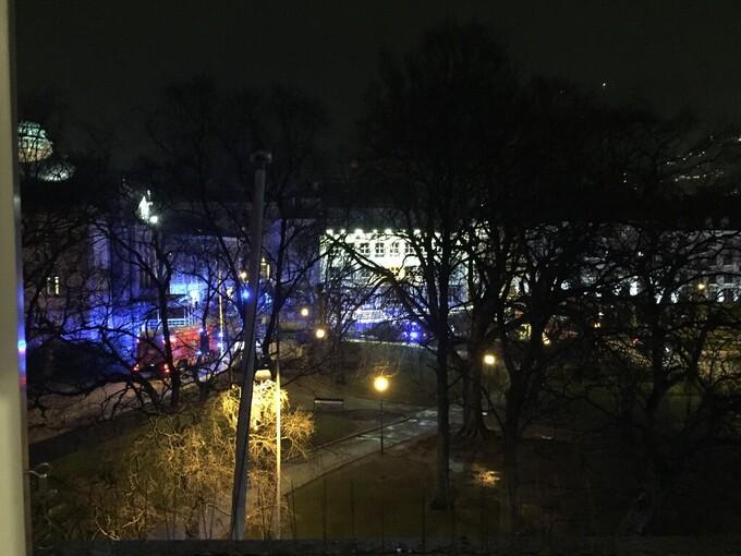 Brannvesenet har rykket ut til Veiten/Øvre Ole Bulls plass