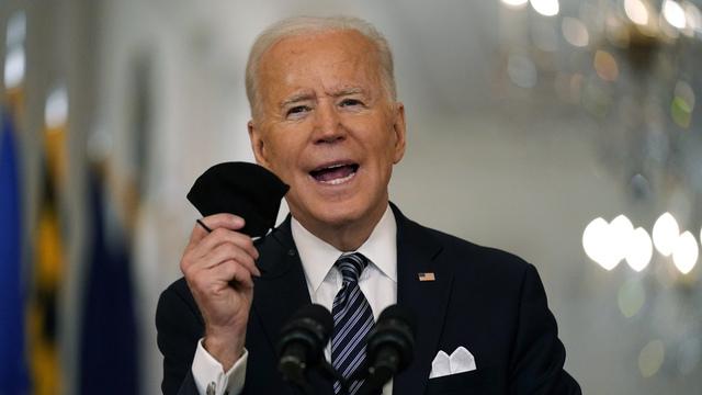 President Joe Biden lovet at det skulle være satt 200 millioner doser med koronavaksine innen hans første 100 dager ved makten. Denne uken blir målet nådd, ifølge Det hvite hus. Arkivfoto: Andrew Harnik / AP / NTB