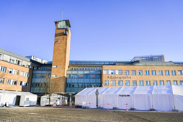 Jordmorforeningen håper Oslo universitetssykehus snur i avgjørelsen om å stenge en av to barselavdelinger på sykehuset. Foto: Håkon Mosvold Larsen / NTB