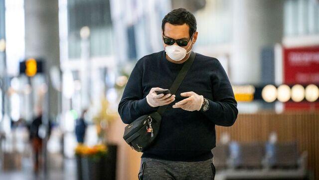 Oslo lufthavn innfører påbud om munnbind i situasjoner der det ikke er mulig å holde en meters avstand.