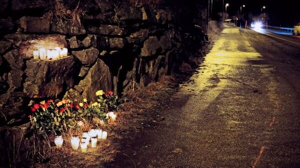 De to kvinnene døde etter å ha blitt truffet av mannens bil på en gangvei langs riksvei 15 i nærheten av Nordfjordeid.