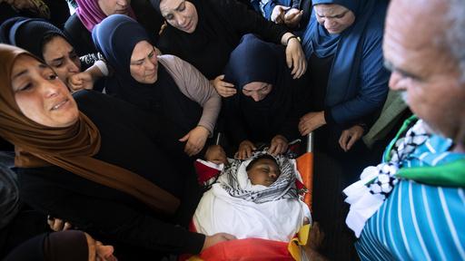 Palestinere fulgte torsdag tolv år gamle Mohammed al-Alami til graven i landsbyen Beit Ummar i nærheten av Hebron på den okkuperte Vestbredden.