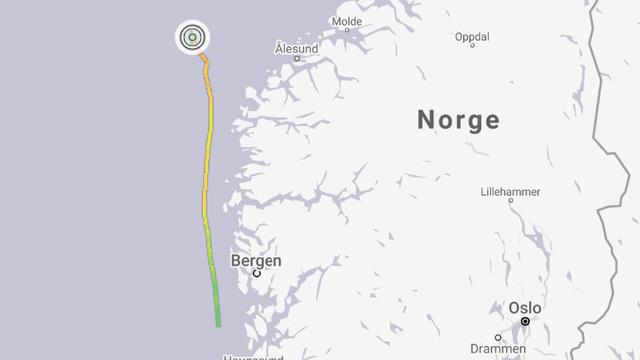 Slik ser skipets ferd utenfor Norskekysten ut. Det hadde kurs for Kolvereid i Trøndelag da lasten forskjøv seg.