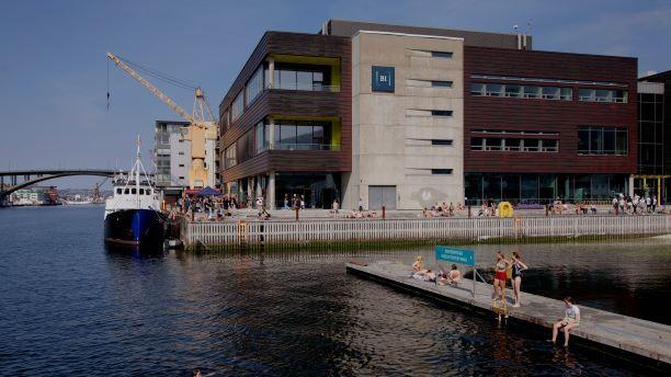 Totalt ni BI-studenter i Bergen er smittet av covid-19 dette semesteret.