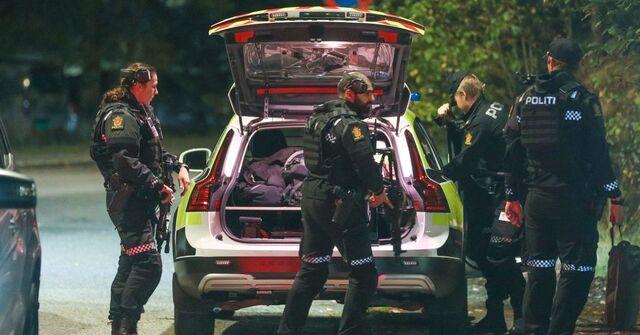 Politiet på åstedet for hendelsen 7. oktober.