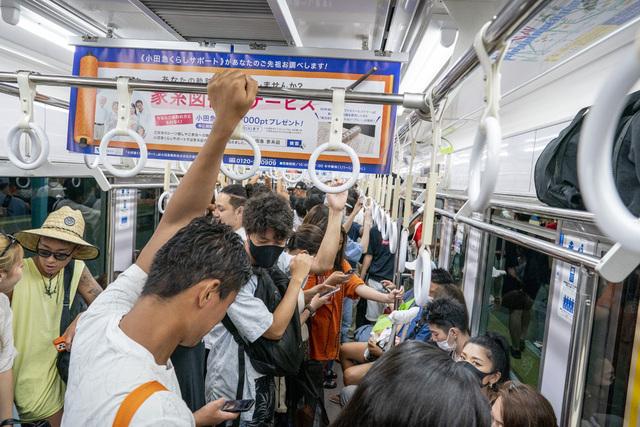 Onsdag ble det satt ny smitterekord i Tokyo i løpet av OL. Foto: Heiko Junge / NTB