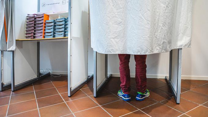 Det ligger an til at 16-åringer kan få stemmerett ved kommune- og fylkestingsvalg.