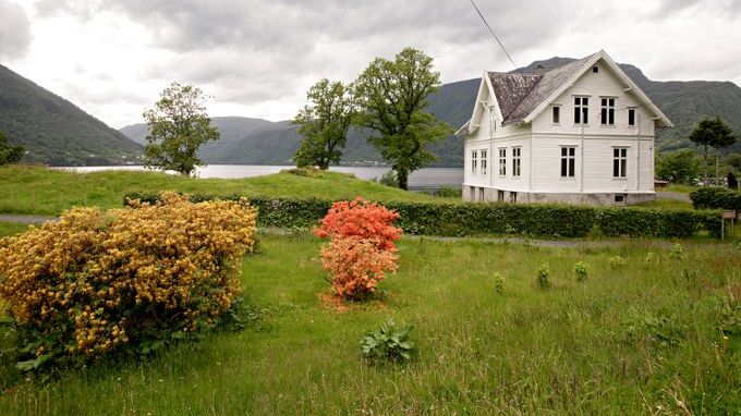 UTLEIE: Privatpersoner kan leie på Ulvsnesøy fram til sommeren neste år.