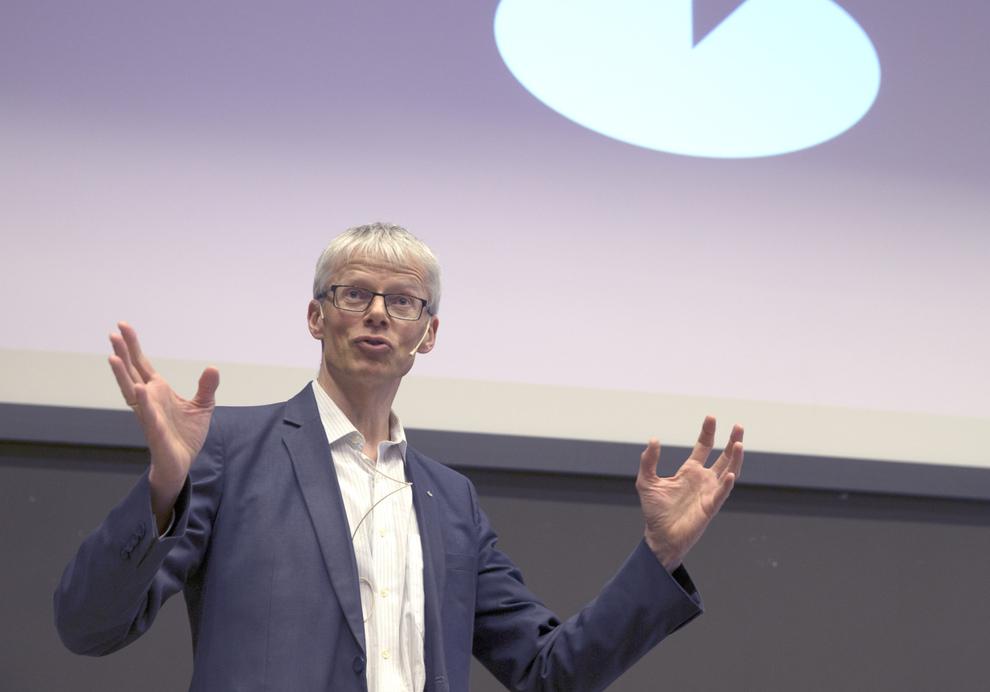 <p>REKORD: Aldri før har så mange erkjent skattesnusk. Skattedirektør Hans Christian Holte forteller at den typiske personen som melder seg er en mann i 50-årene bosatt på Østlandet.</p>