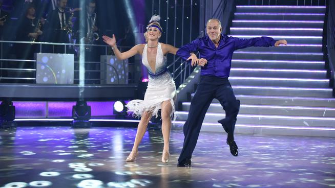 <p><b>DANSENDE KONDITOR:</b> Pascal Dupuy deltok i 2015 på «Skal vi danse» på TV 2, her sammen med dansepartner Mai Mentzoni.</p>