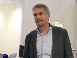 <p>Abraham Foss, administrerende direktør i Telia Norge</p>