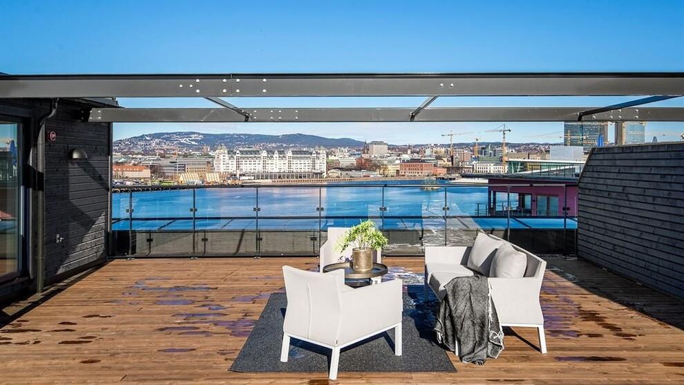 <p><b>HØRT OM «TAKSTUE»?</b> Denne leiligheten ytterst på Sørenga har takstue på den 85 kvadratmeter store takterrassen. Bildet brukes med meglers samtykke. <b><br/></b></p>