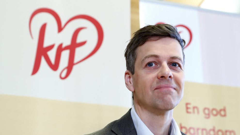 <p><b>POSITIV:</b> Knut Arild Hareide (KrF) er positiv til en britisk koalisjon som skal sikre skipsfarten i Persiabukta, skriver Klassekampen.</p>