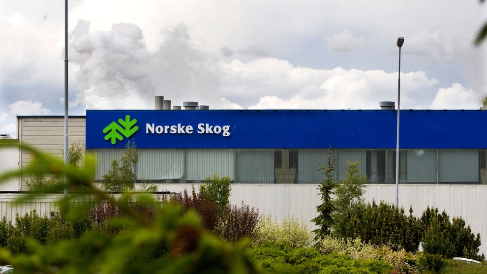 <p><b>MOT SALG:</b> Enheten som rommer Norske Skogs driftsenheter skal ut på auksjon. Her selskapets fabrikk på Skogn i Nord-Trøndelag.</p>