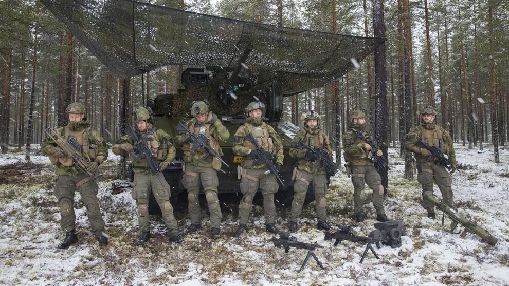 <p>ANSKAFFER: Sverige, Danmark, Finland og Norge skal gå til anskaffelse av felles kampuniformer. Her soldater ved Rena militærleir i 2017.</p>
