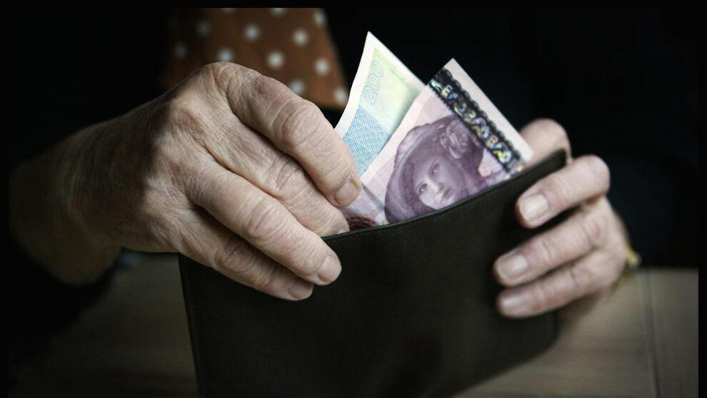 <p><b>DÅRLIGERE TIL Å BETALE:</b> Flere eldre får betalingsanmerkninger. Illustrasjonsfot.</p>