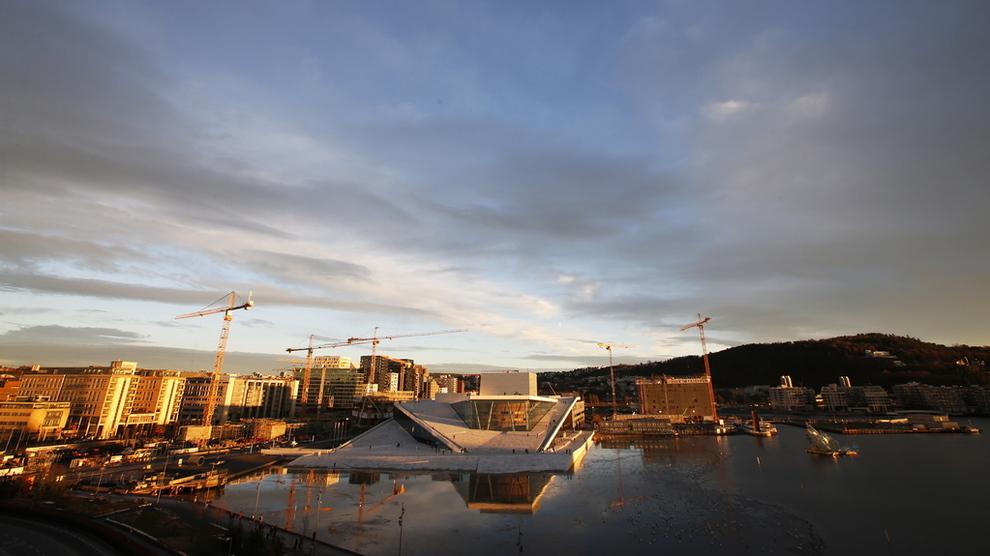 <p><b>SOLID SALGSOPPSVING:</b> Både i Oslo og resten av Norge ble det solgt flere nye boliger i juni og juli i år enn i fjor.</p>