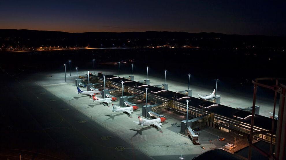 <p><b>MÅ KUTTE:</b> Gardemoen må potensielt kutte mellom 250 og 300 millioner kroner i Avinors nye spareprogram, ifølge Helgelands Avis.</p>