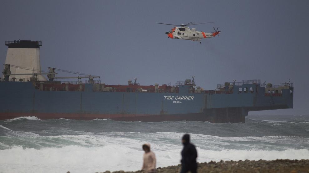 <p><b>SKULLE BEACHES:</b> Økokrim mener lasteskipet «Harrier», som tidligere het «Tide Carrier» skulle sendes til Pakistan for såkalt «beaching».</p>