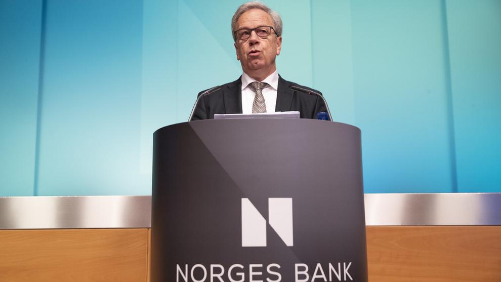 <p><b>RENTEMØTE:</b> Sentralbanksjef Øystein Olsen tror norske kroner kan styrke seg fremover. Bildet er fra en tidligere anledning.</p>