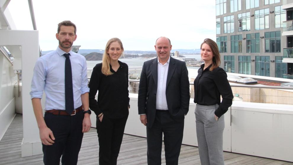 <p><b>INVESTERINGSVILJE:</b> CFO-undersøkelsen peker på at det kan bli et rekordår for driftsinvesteringer i norsk industri i 2019. Den er utarbeidet av blant annet Thomas Eitzen fra SEB (t.v), Hanna Marie Haavi fra Deloitte, Andreas Enger fra Deloitte og Frida Bruun fra SEB.</p>