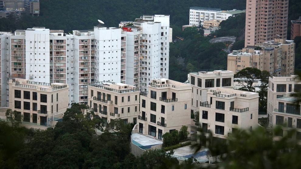 <p><b>FORMUESFALL</b>: Millionærer i Asia bidro mest til formuesfallet for verdens superrike. Bildet viser det luksuriøse boligprosjektet Mount Nicholson i Hongkong.</p>