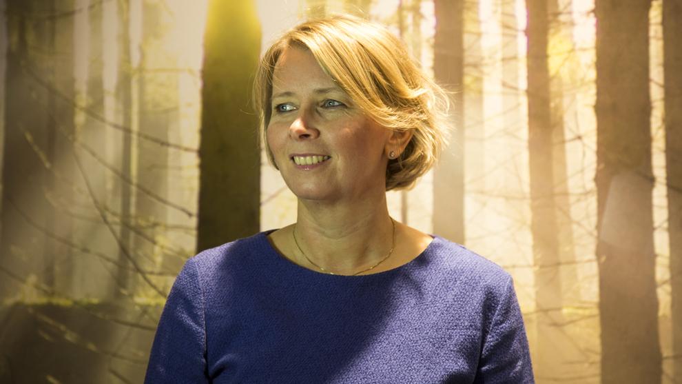 <p><b>SER LØNNSOMHET I BÆREKRAFT:</b> Administrerende direktør Karoline Nystrøm i Schneider Electric Norge</p>