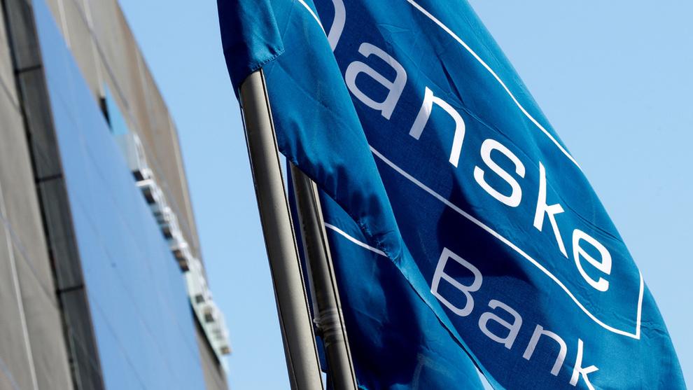 <p><b>STRAMMER TIL:</b> Danske Bank følger etter DNB og Nordea og øker renten.</p>