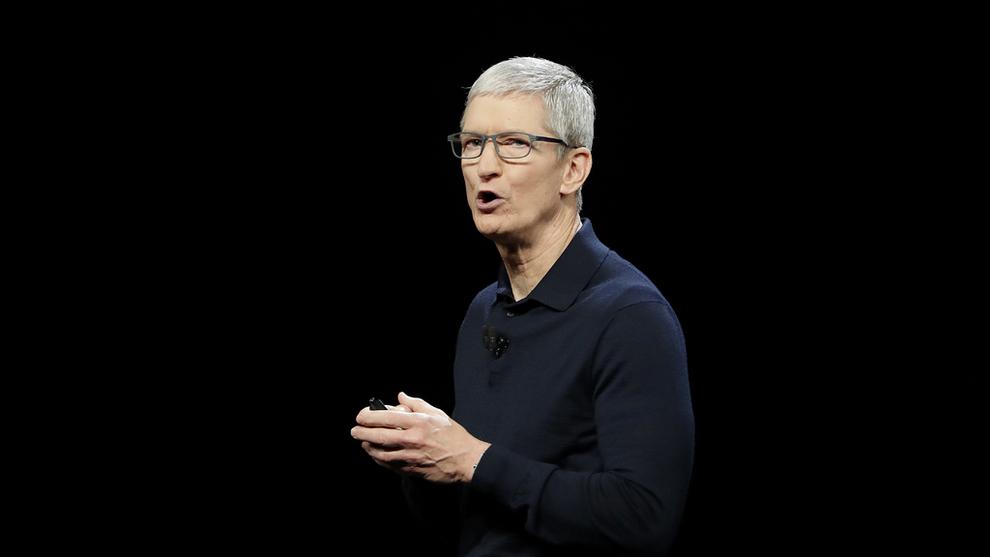 <p><b>LA FREM NYE SATSINGER:</b> Apple-sjef Tim Cook.</p>