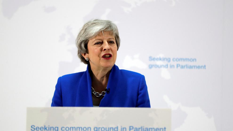 <p>PRESSET: Statsminister Theresa May har gått på flere nederlag i parlamentet det siste halvåret, og ingen av brexit-alternativene som har vært oppe til avstamning har klart å få et flertall i parlamentet.</p>