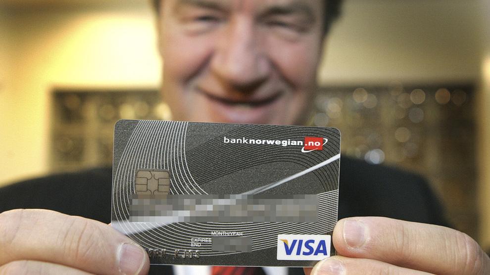 <p><b>FLYTOPP OG BANKEIER:</b> Bjørn Kjos er administrerende direktør i flyselskapet Norwegian Air Shuttle, som er aksjonær i Bank Norwegian.</p>
