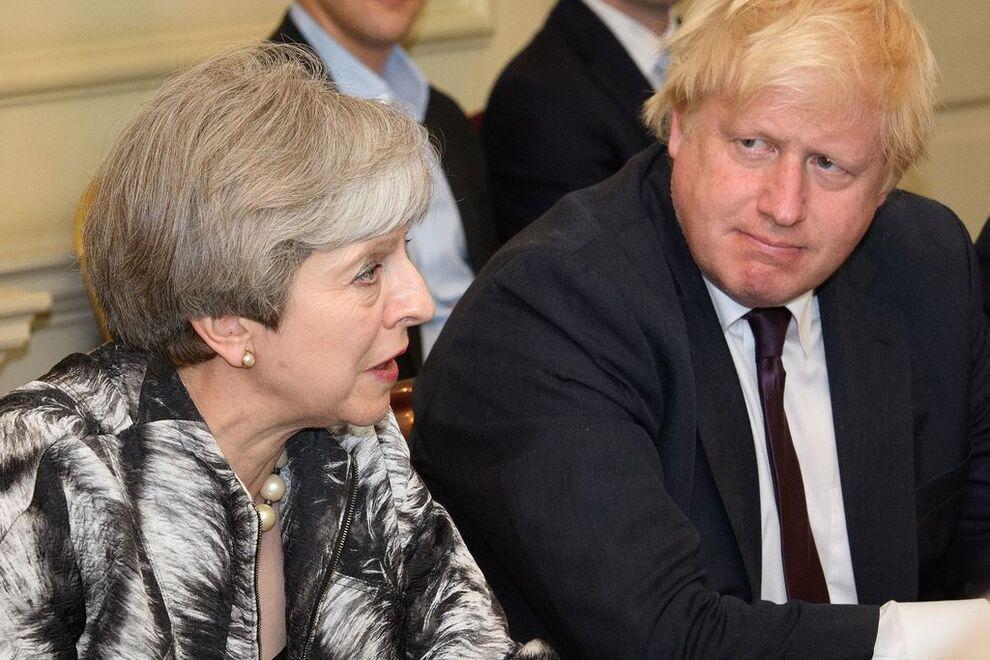 SPLITTET: Uenigheten om brexit deler både det britiske folk og Det konservative partiet. Statsminister Theresa May får trolig flere brexit-tilhengere fra eget parti mot seg i tirsdagens avstemning i parlamentet. Boris Johnson, som har vært en av de klart mest profilerte EU-motstanderne i partiet, er en av dem som neppe stemmer med Mays utmeldingsutkast.
