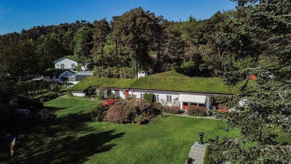 <p><b>INGEN TIDSPLAN:</b> Megleren forteller at det ikke er noen hast med å selge, og at i en ideell verden så ville en Bergensfamilie kjøpt eiendommen.</p>
