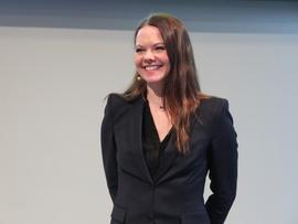 <p><b>FANT MER SORT GULL</b>: Letedirektør Evy Glørstad-Clark i Aker BP</p>