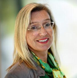<p><b>– MARKEDSTILPASNINGER:</b> Kommunikasjonsrådgiver Marit Giske i DNB ønsker ikke å spekulere i hvordan de nye prisøkningene vil tas imot av DNB-kunder.</p>