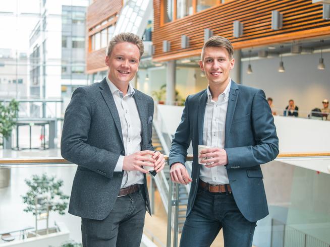 <p><b>LOKKET FERGUSON TIL NORGE:</b> Gründerne Christoffer Pettersen Omberg (23) og Marius Røed Wang (22) sikret seg Alex Ferguson som foredragsholder på deres nye konferanse Oslo Business Forum.</p>