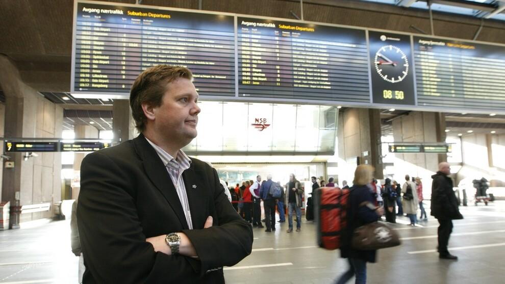 <p><b>STOR PÅGANG:</b> Pressesjef Åge-Christoffer Lundeby i Vy sier SAS-streiken har ført til uvanlig stor pågang, men har ikke mulighet til å øke kapasiteten i helgen.</p>