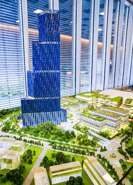 <p><b>HØYT BYGG:</b> Skyskraperen Det store blå blir 200 meter høy og vil ruve i terrenget på Fornebu.</p>