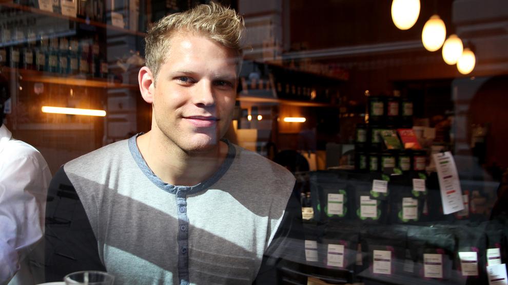 <p><b>LYNBETALINGER:</b> E24 møtte utvikler i Lightning Labs Johan Torås Halseth i Oslo. Han håper å løse én av bitcoins største floker, nemlig trege og dyre betalinger.</p>