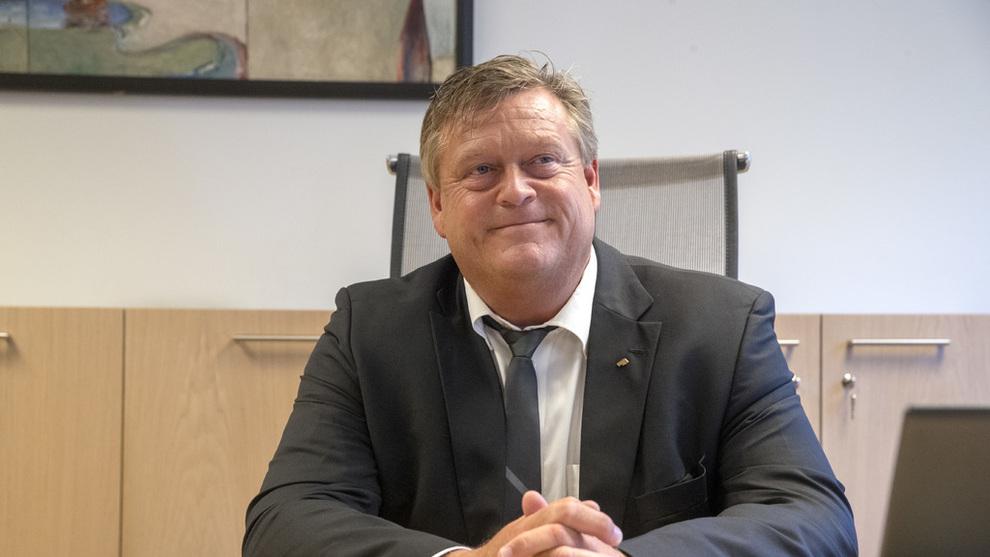 UKJENT: Fiskeriminister Harald Tom Nesvik sier at norske myndigheter ikke var kjent med EU-kommisjonens razzia mot norske oppdrettsselskap.