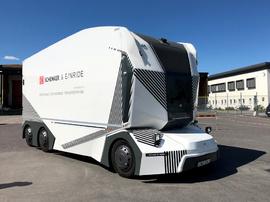 <p>T-poden er den første elektriske lastebilen uten førerhus på offentlig vei.</p>