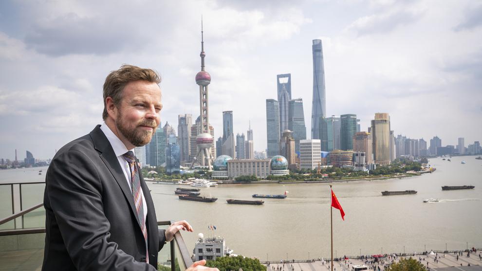 <p><b>FRIHANDEL:</b>Forhandlingene med Kina går fremover, men ennå gjenstår det å finne løsninger på «kjerneområder». Bildet viser næringsminister Torbjørn Røe Isaksen på besøk i Shanghai i fjor.</p>