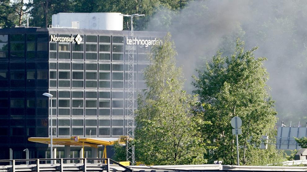 ULYKKE: En hydrogentank eksploderte på en Uno-X-stasjon i Sandvika mandag. Årsaken er ikke kjent.