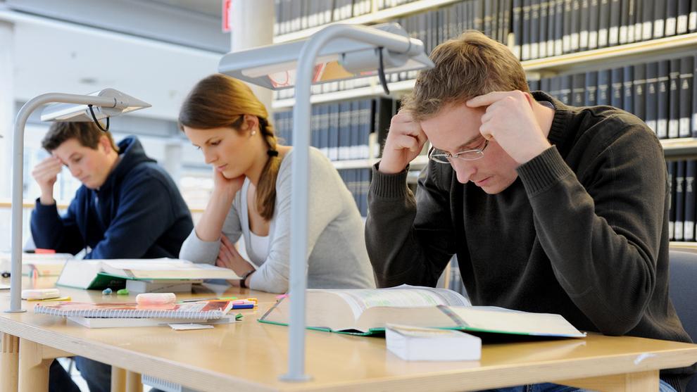 <p><b>STUDIESTART</b>: Det er opprettet flere studieplasser til teknologifagene. NITOs studentleder mener det kan gå ut over kvaliteten.</p>