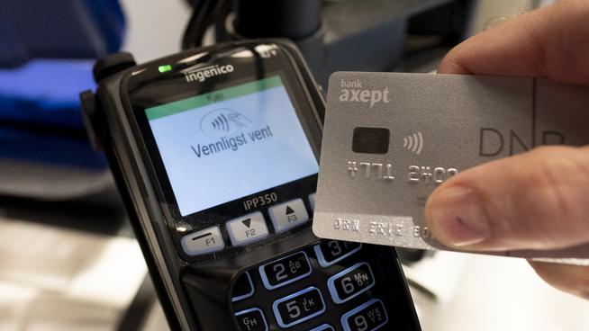 7c851036 Norge henger bak nabolandene på kontaktløse betalinger – men det kan snu  snart, mener ekspert