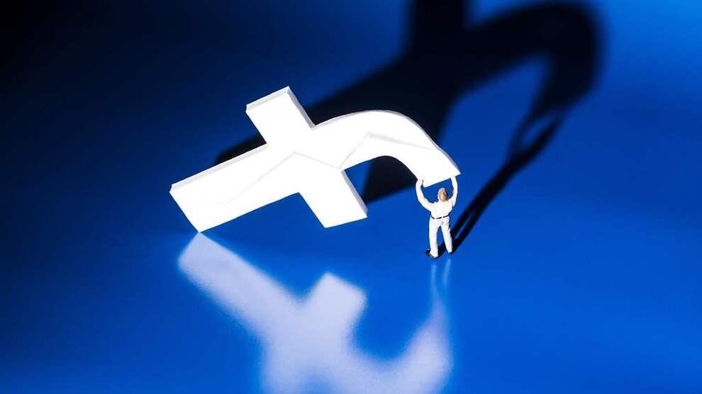 <p><b>SLO TIL:</b>Facebook leverte bedre resultat enn ventet i tredje kvartal. Selskapet fikk også en svak fremgang i antallet aktive daglige brukere, men ikke så sterk som ventet. Illustrasjonsbilde.</p>