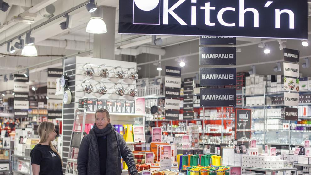 <p><b>KJØKKEN:</b> Markedet for kjøkkenutstyr har krympet de siste årene, spesielt i 2018 da både Rafens og Tilbords gikk konkurs. Mannen bak Kitch'n, Wiggo Erichsen, kan derimot smile for god vekst for kjeden han startet i 2002.</p>