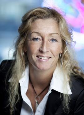 <p><b>– MÅ TAS GREP:</b> Privatmegleren-direktør Grethe Meier mener dagens boliglånsforskrift rammer markedet hardt og bør mykes opp snarest.</p>